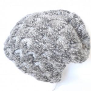 czapka szara wełniana w stylu bukle ciepła