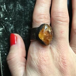 Miedziany pierścień z cytrynem r.15
