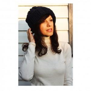 Granatowa czapka beanie handmade 50% wełna onesize