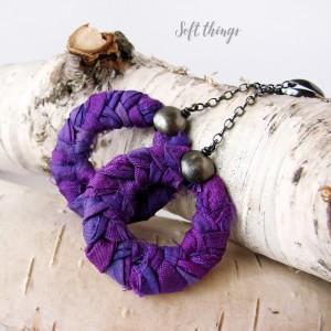 Ultra violet - oryginalne, srebrne kolczyki koła z jedwabiem