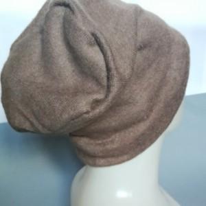 czapka wełniana bezowa damska zimowa uniwersalna