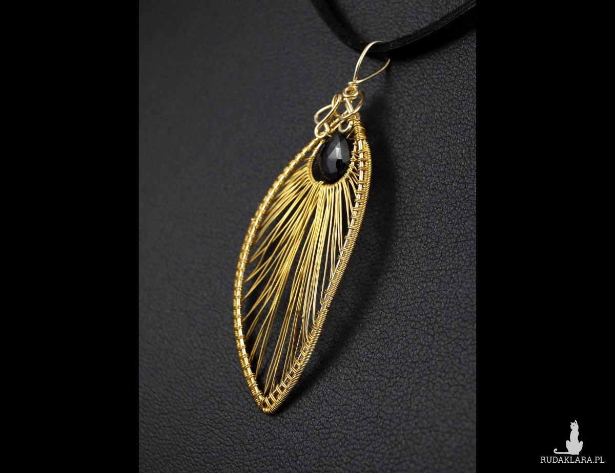 Spinel, 24 kk pozłacany wisior z kroplą spienlu, prezent dla niej, prezent dla mamy, prezent dla żony, ręcznie robiona biżuteria