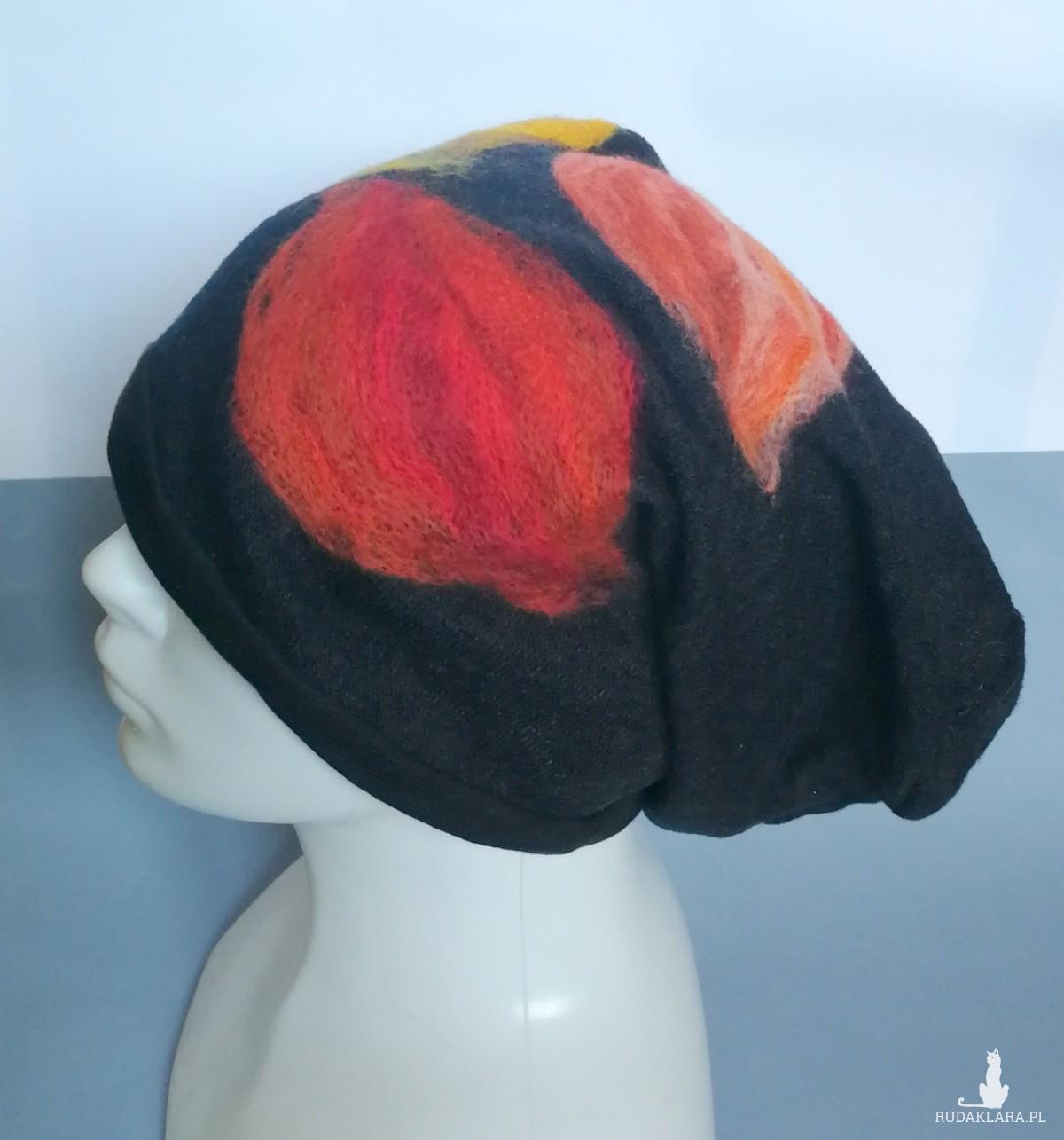 czapka wełniana filcowana czarna  zimowa handmade