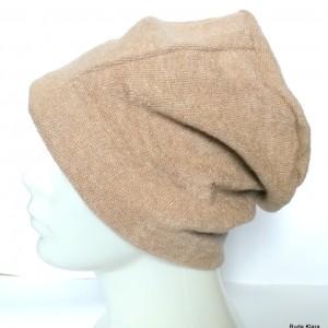 czapka damska męska unisex beżowa gładka ciepła handmade