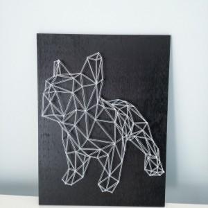 Geometryczny obraz psa string art