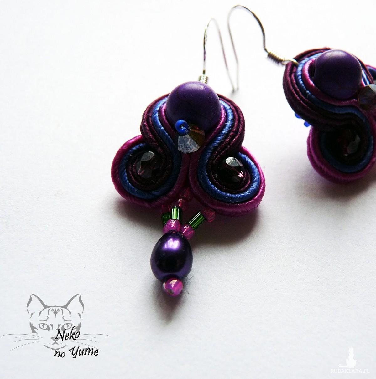 Małe kolczyki sutasz - fiolet i róż