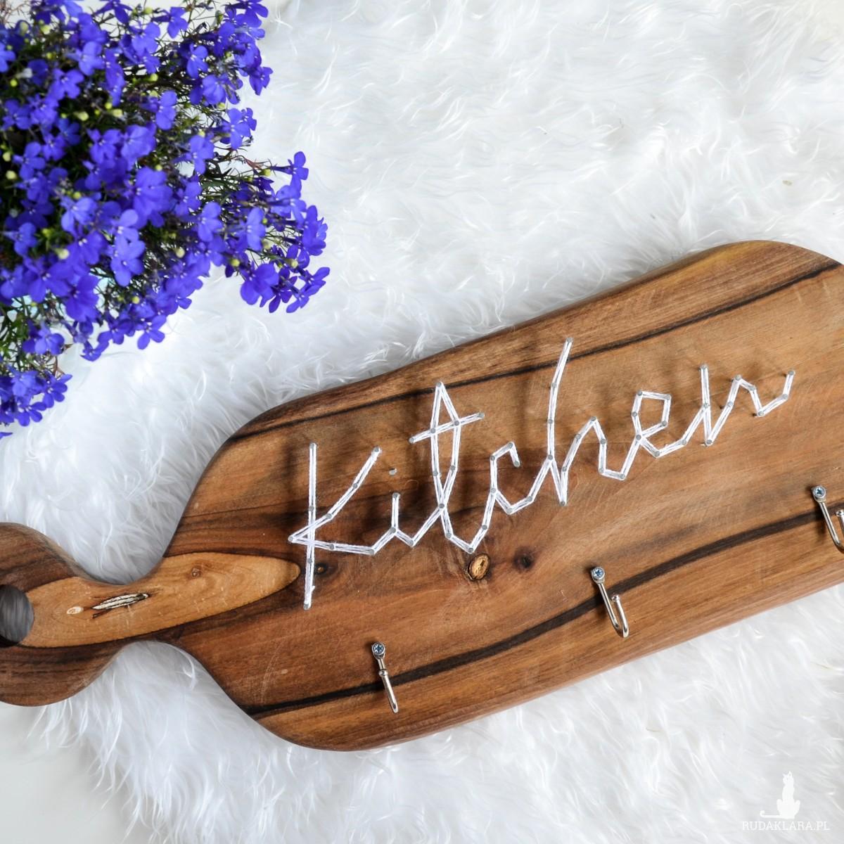 Kitchen, Kuchnia wieszak na ręczniki, kubki, Deska z napisem Kitchen do kuchni