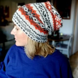 czapka damska w norweskim stylu we wzory