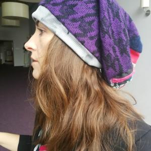 czapka damska fioletowa smerfetka