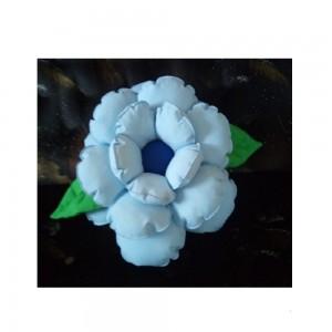 Poduszka ozdobna kwiatek błękitna