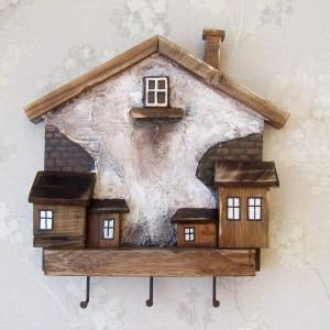 Drewniany wieszaczek na klucze - Miasteczko