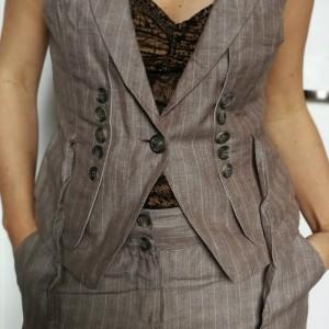 komplet kamizelka i spodnie kolor lniany