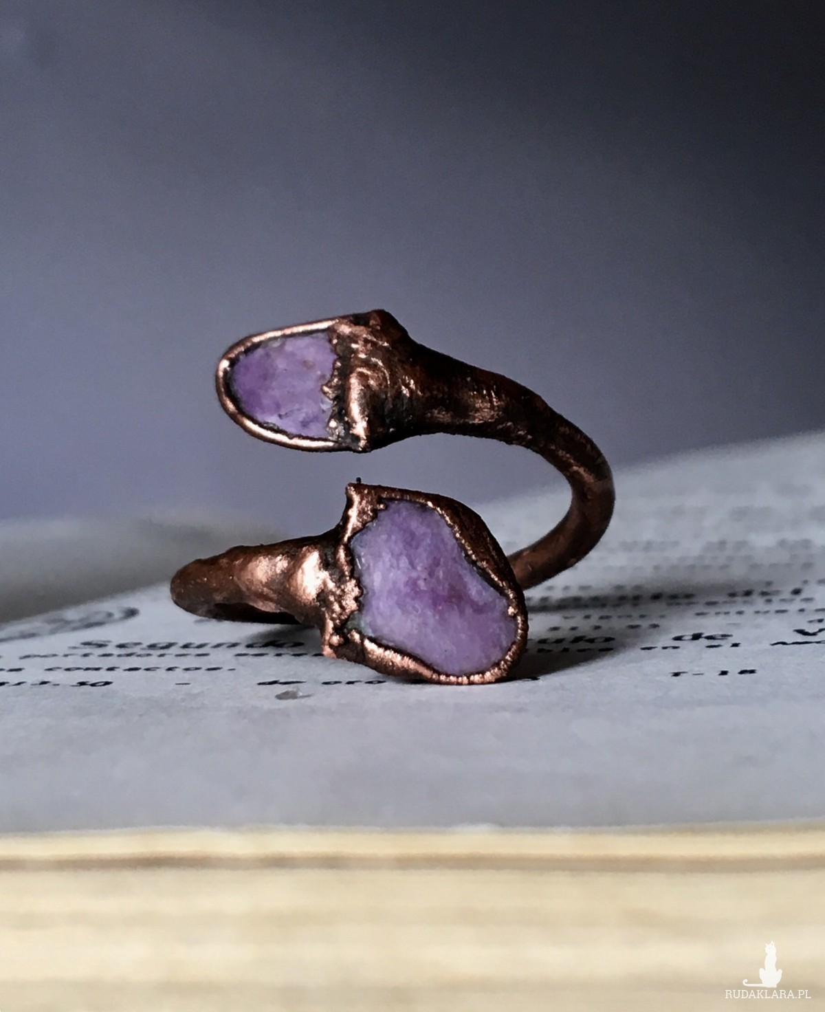 pierścionek silna energia czaroit