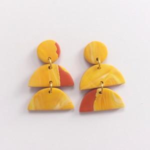 kolczyki mini ceglany z żółtym marmurkiem