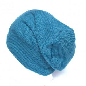 niebieska wełniana czapka damska męska