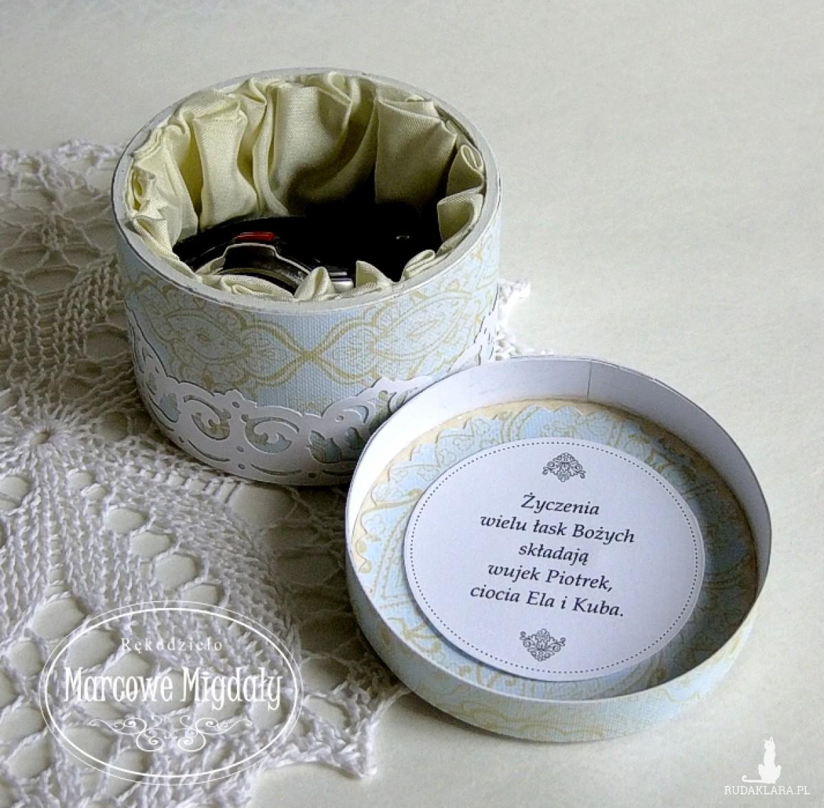Pamiątka Konfirmacji lub Komunii Świętej, personalizowane pudełeczko na prezent niebieskie