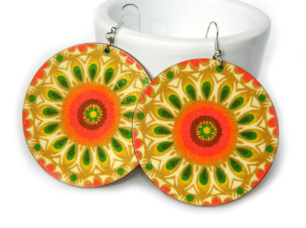 Kolczyki drewniane mandale żółte, biżuteria boho etno folk, duże kolczyki koła