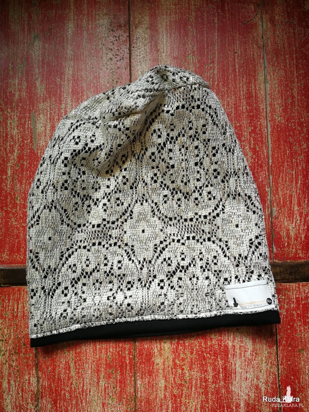 czapka damska srebrno czarna ażurowa