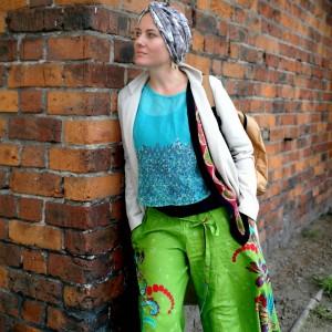 turban uniwersalny handmade  kolory bezowe mazańce