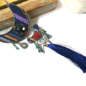 naszyjnik etniczny długi kolorowy z chwostem