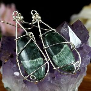 Serafinit, srebrne kolczyki z serafinitem, ręcznie wykonane, prezent dla niej, prezent dla mamy, prezent urodzinowy, biżuteria autorska