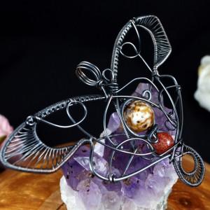 Ćma, Miedziany wisior w kształcie ćmy, ręcznie wykonany, prezent dla niej, prezent dla mamy, prezent urodzinowy, biżuteria autorska