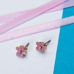 Srebrne małe kolczyki różowe kwiatki