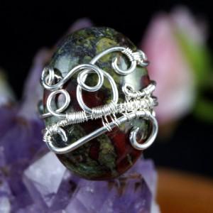 Kamień krwisty, Heliotrop, Krwawnik, Srebrny pierścionek z Kamieniem krwistym, ręcznie wykonany, prezent dla niej, prezent dla mamy, prezent