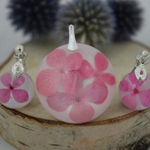 Różowa hortensja w żywicy