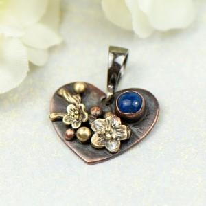 Miedziany wisorek serce z lapis lazuli c855-6