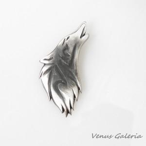 Wilk - zawieszka srebrna