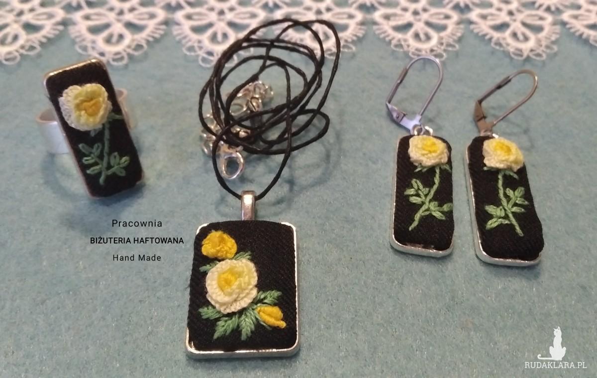 Komplet biżuterii haftowanej