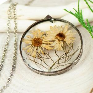 Naszyjnik z kwiatów w cynowej ramce z386