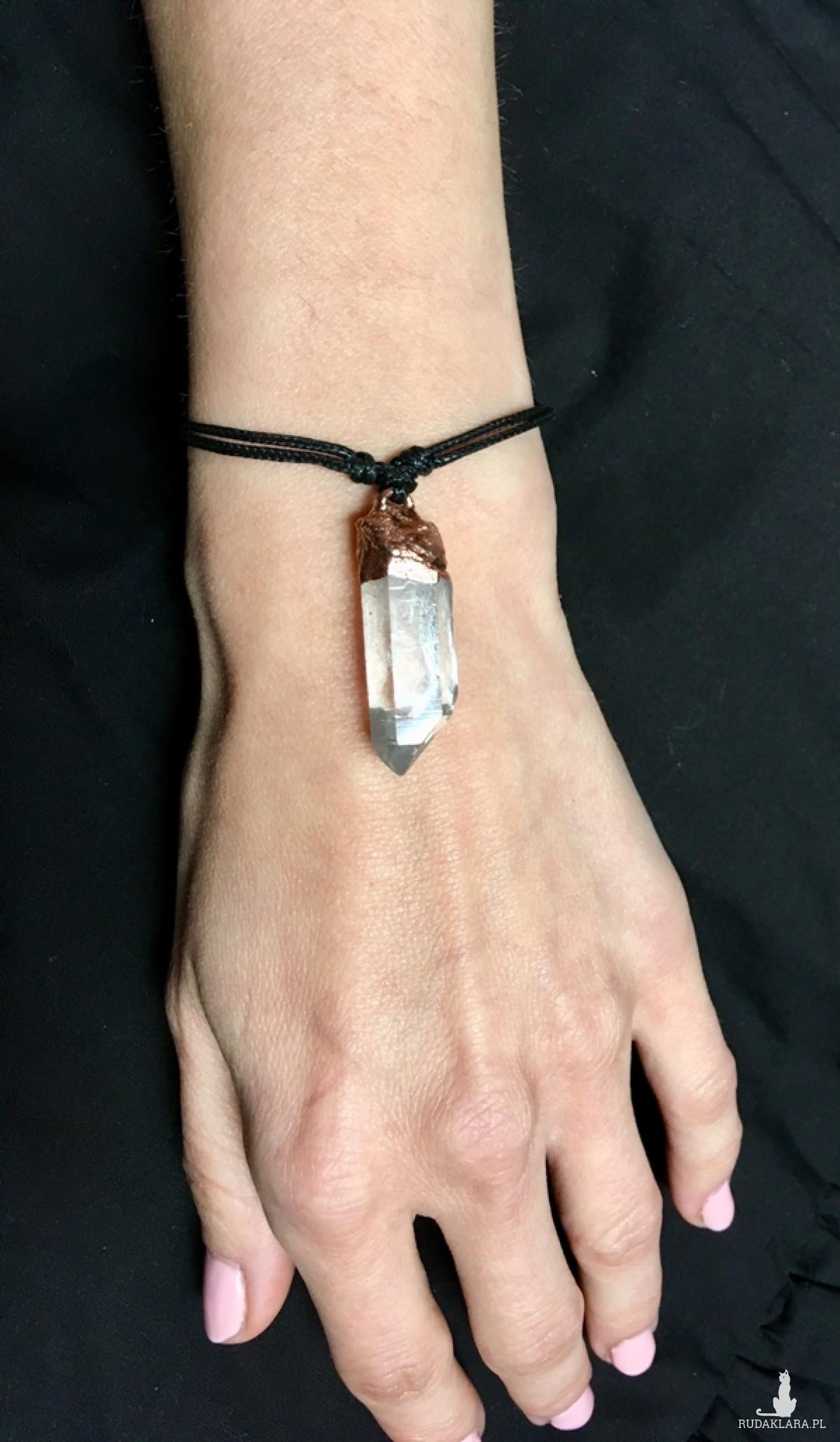 bransoletka regulowana z kryształem górskim surowa miedź