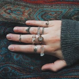 Miedziany pierścionek z kryształem górskim