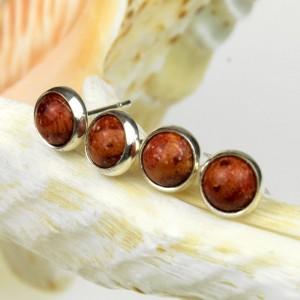 Drobineczki srebrne z koralem d062
