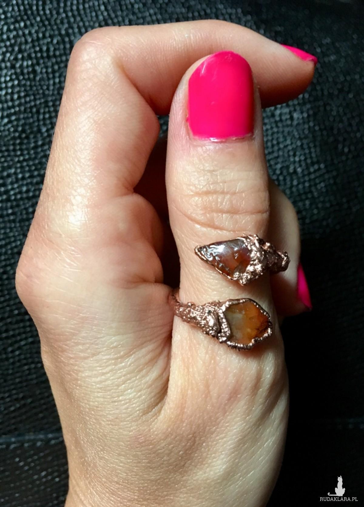 zawijany pierścionek z karneolem