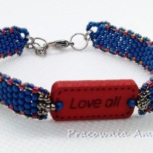pozytywnie drewno ze szkłem niebiesko-czerwona  beading