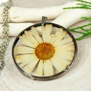 Naszyjnik z kwiatów w cynowej ramce z419