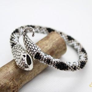 Żmijka - ręcznie robiona bransoletka z koralików