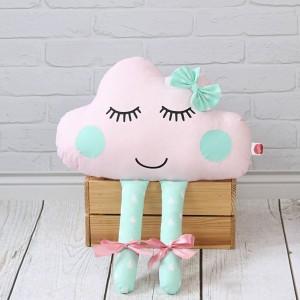 Chmurka z oczami i nóżkami – różowa