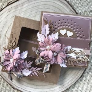 008Kartka w pudełku na ślub w stylu rustykalnym/eco z elementem lustrzanego różu