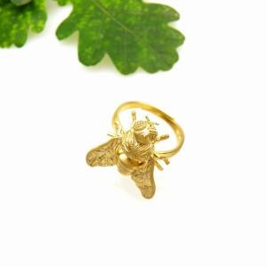 Pszczoła złota - pierścionek srebrny