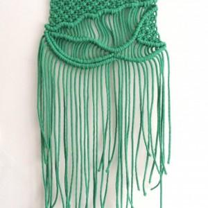 Makrama w kolorze zielonym, styl boho