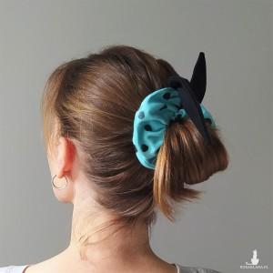 Gumka do włosów (scrunchie) – aquamaryna z czarnymi skrzydełkami