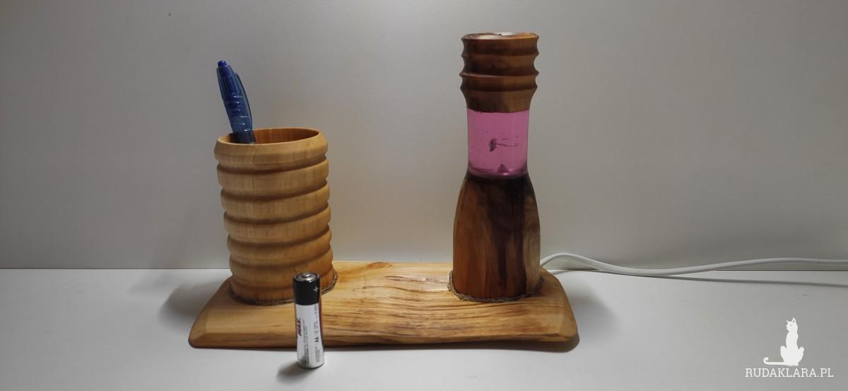 Lampka Led na biurko z kubkiem na przybory