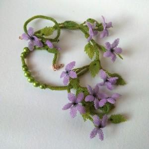 Kwitnący bluszcz