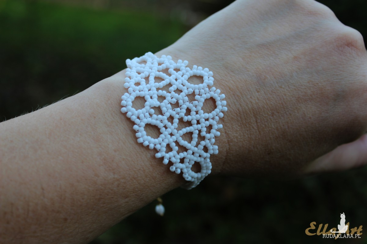 Ślubny koronkowy komplet biżuterii z drobnych koralików