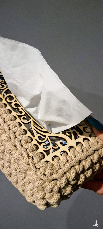 Chustecznik ze sznurka Beżowy Ażur