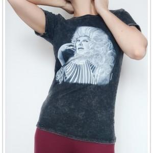 Ręcznie malowana koszulka Violetta Villas